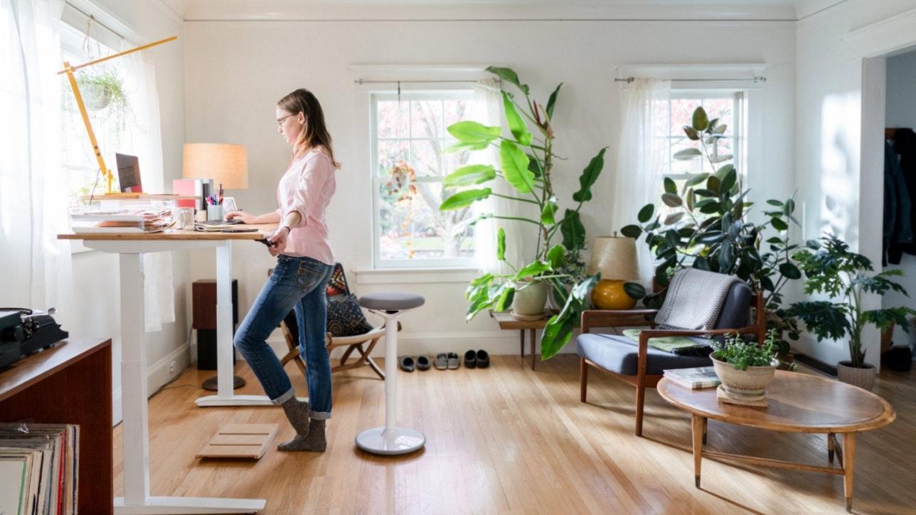相信打工仔和老闆對home office一詞都不會陌生,但長期體驗就是第一次。於home office期間,打工仔如何保持工作效率,老闆又如何有效地和員工溝通呢?以下7點幫到你們!