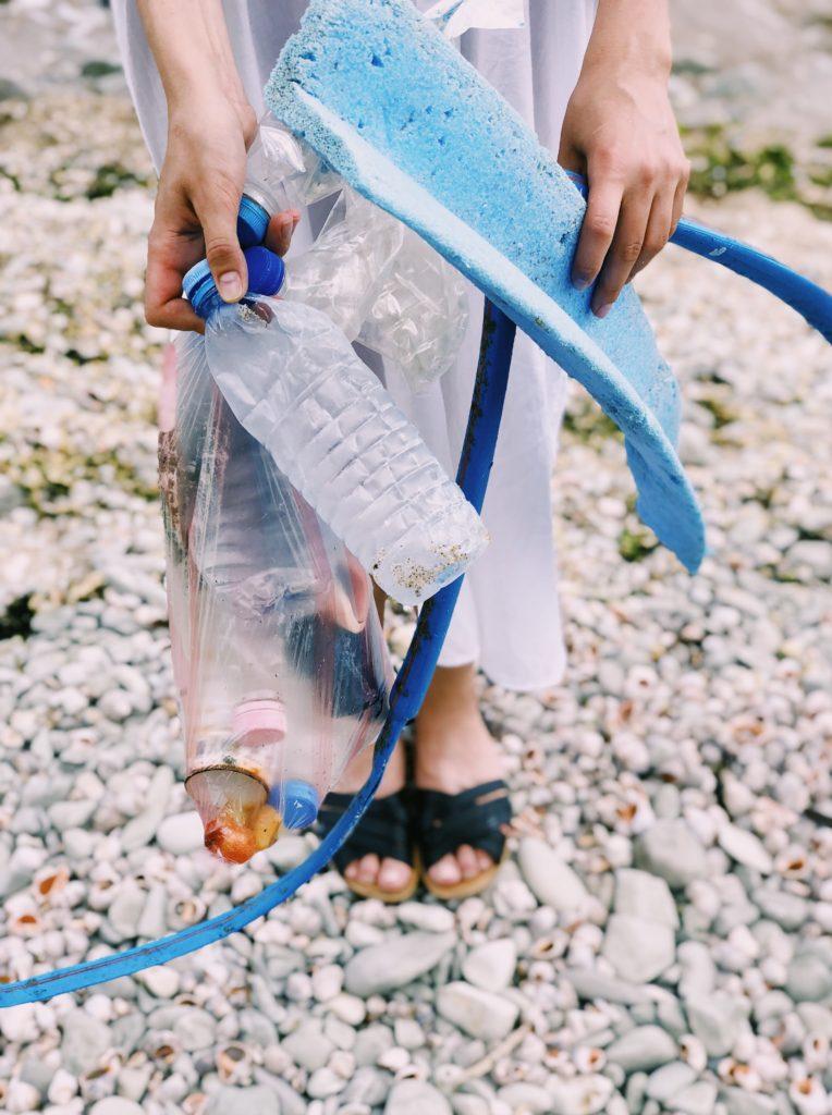 即棄塑膠回收